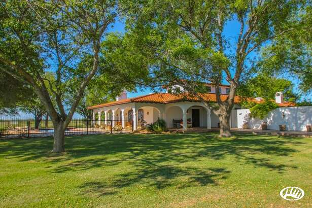 The exterior of the South Texas ranch being sold by Chipper Jones.