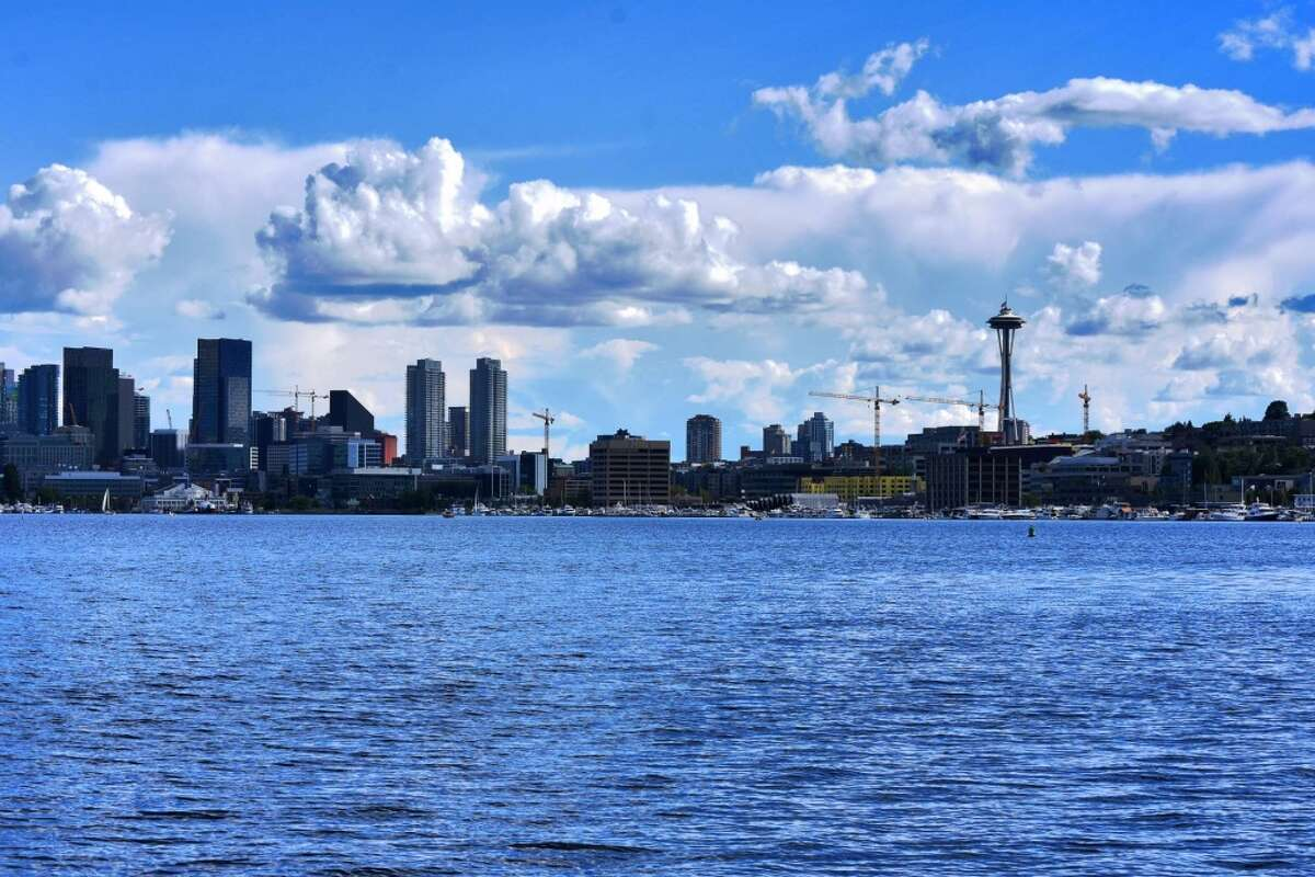 24. Seattle Ranking by category (out of full 100 cities ranked) Entertainment and recreational facilities: 13th Costs: 85th Quality of parks: 6th Climate: 70th