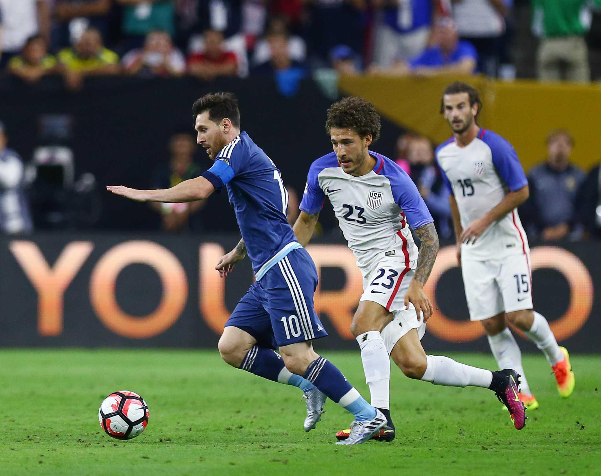 Lionel Messi Dazzles As Argentina Dominates Usa In Copa America Semi E Money Houston Chronicle