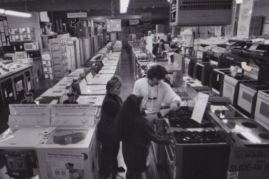 Airport Home Appliance was founded in 1963 and is still a mom-and-pop business more than five decades later.