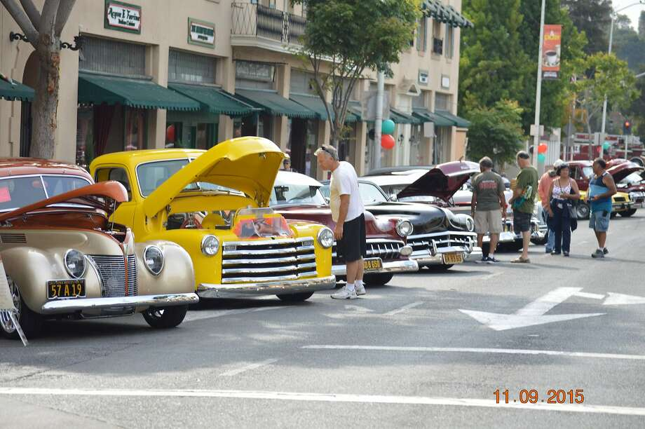 Hot rods, vintage style on display at car show - SFGate