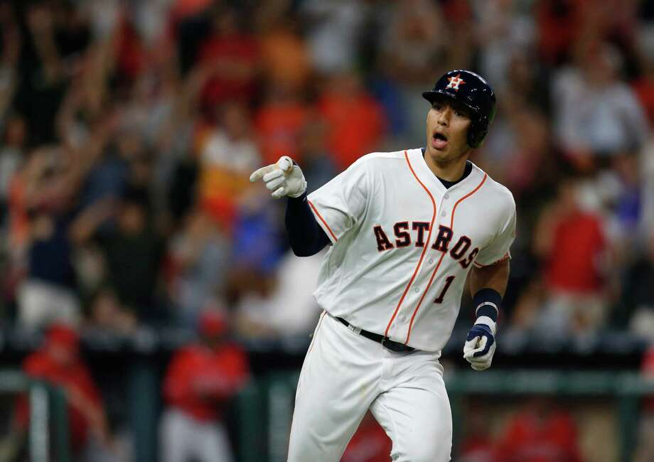 The Astros' Carlos Correa hit .333 (8 for 24) with six runs scored, four doubles, three home runs, nine RBI, and a 1.282 OPS (.407 on-base percentage/.875 slugging) in six games last week. Photo: Karen Warren, Houston Chronicle / © 2016 Houston Chronicle