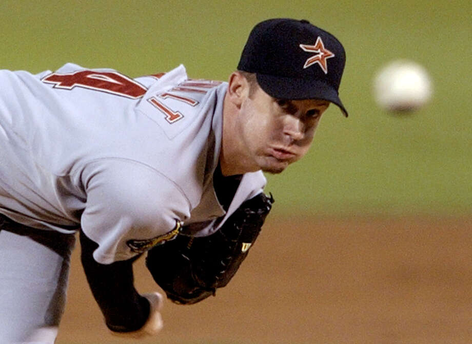 Houston Astros starting pitcher Roy Oswalt throws during the second inning against the St. Louis Cardinals in St. Louis, Friday, Sept. 19, 2003. (AP Photo/James A. Finley) Photo: JAMES A. FINLEY, STF / AP