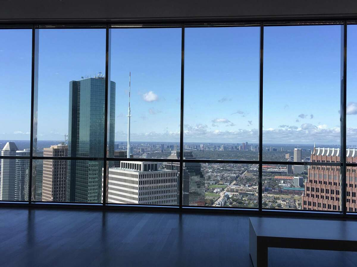 Readers share their memories visiting the Sky Lobby in Houston's Chase Tower. Representatives with the tower announced Tuesday that the floor is now closed to the public.
