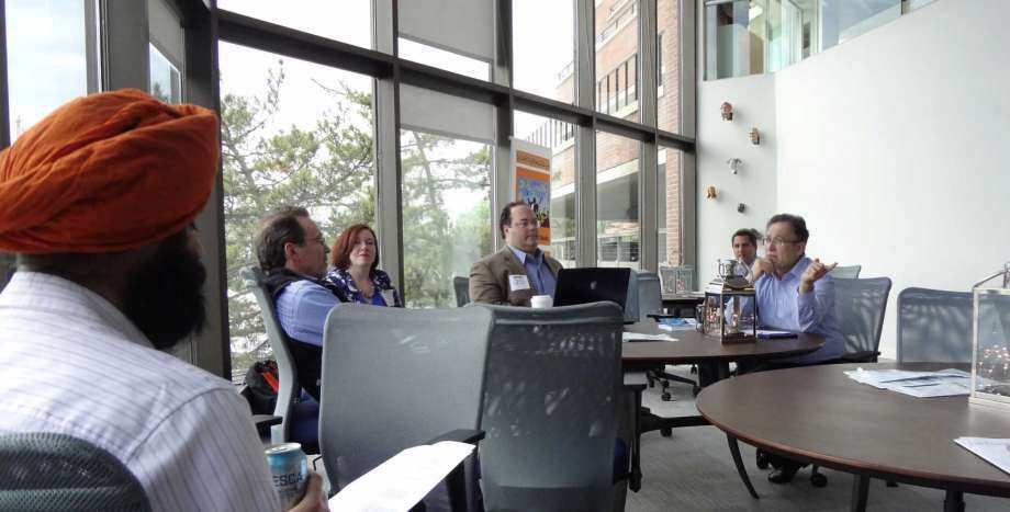 Alan Brody, right, leads a workshop on May 24, 2016 on how entrepreneurs should handle initial meetings with 'angel' investors, at Workpoint in Stamford, Conn. Brody is president of Convean, which hosts events for entrepreneurs including the annual Angel Week NY in New York City. (Photo: Alexander Soule)