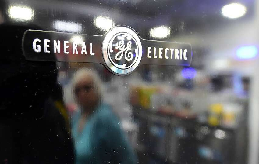 General Electric ,Fairfield 2008-2015 total profit: $40 billion  2008-2015 total taxes: -$1.3 billion Total tax rate: -3.4%Source:The Institute on Taxation and Economic Policy