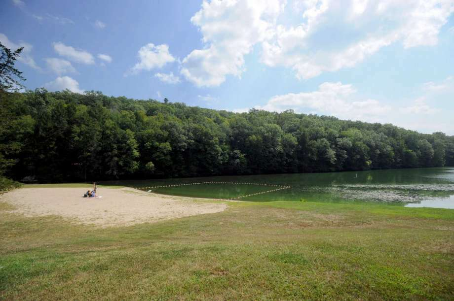 File photo of when Kettletown State Park in Southbury closed to swimming because of blue green algae blooms. Photo Wednesday, Sept. 2, 2015. (Photo: Carol Kaliff / Hearst Connecticut Media)
