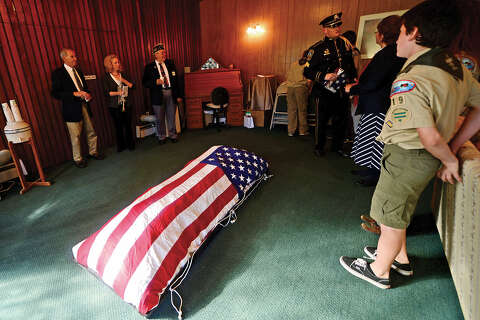 More than 1,000 worn flags retired in Norwalk Flag Day ceremony