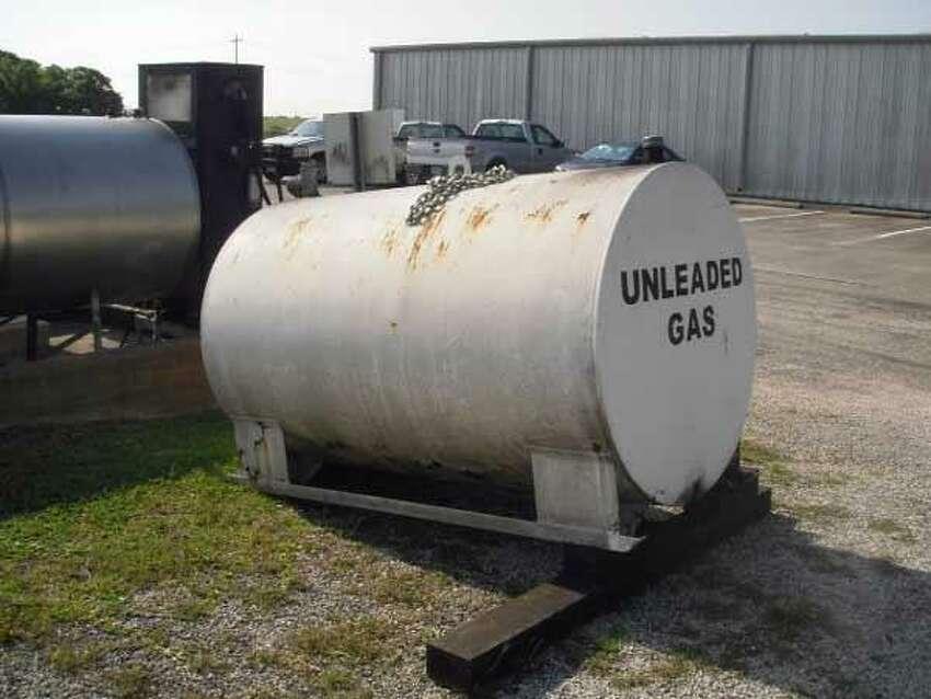 500-Gallon Fuel Storage TankStarting bid: $25Location: Port Arthur
