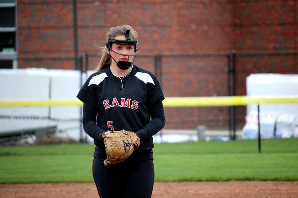 Gillian Kane tied a single-season record at New Canaan with 10 wins in 2016.