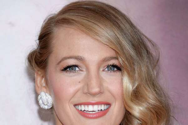"Actress Blake Lively attends the premiere of ""The Age of Adaline"" at the AMC Loews Lincoln Square on Sunday, April 19, 2015, in New York. (Photo by Evan Agostini/Invision/AP) ORG XMIT: NYEA115"