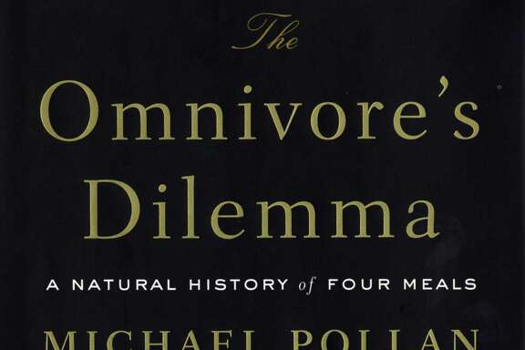 """""""The Omnivore's Dilemma. A Natural History of Four Meals"""" by Michael Pollan"""