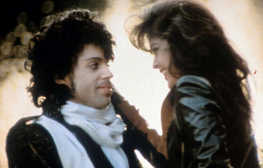 Prince embraces Apollonia Kotero in a scene from the 1984 film 'Purple Rain.' Photo: Getty Images/Warner Bros.