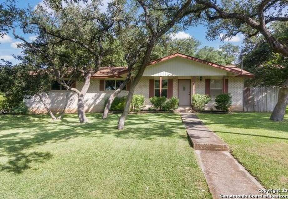 10 Homes For Sale With Backyard Swimming Pools In San