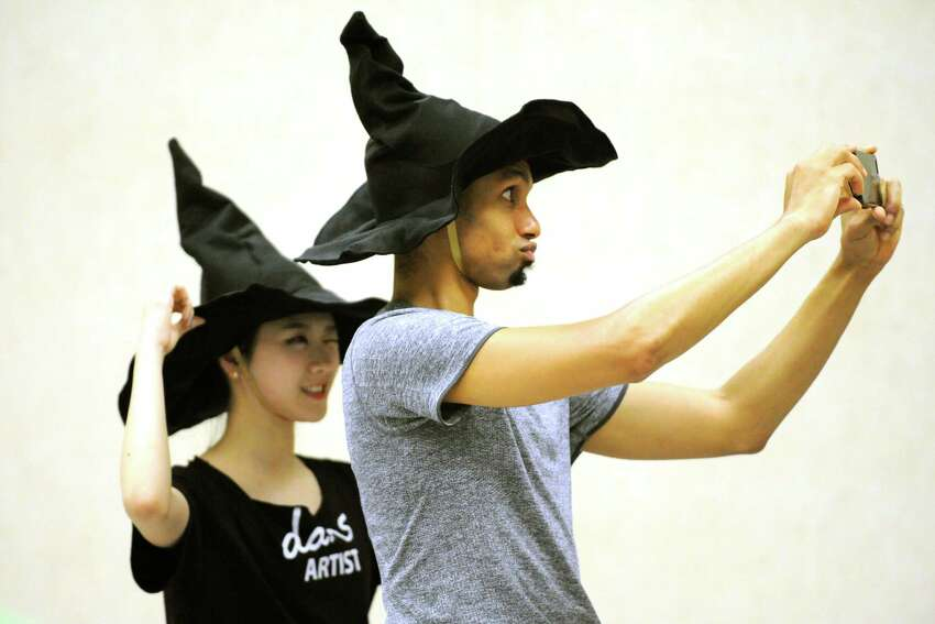 Dancers Chanmee Jeong and Randall Smith during a rehearsal for