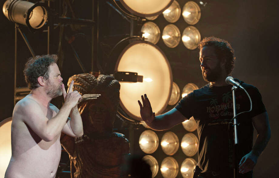 """Rainn Wilson bares all as music critic Bryce Newman opposite Peter Cambor as Milo in a scene from Showtime's """"Roadies."""" Photo: NEAL PRESTON / Neal Preston/SHOWTIME / Copyright:  2016 Showtime"""