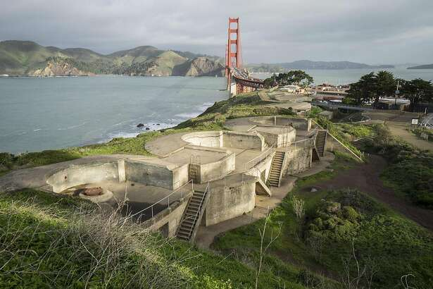 1.�� �Battery Boutelle, one of five Home Land Security exhibition sites overlooking the Golden Gate Bridge; photo: Nina Dietzel