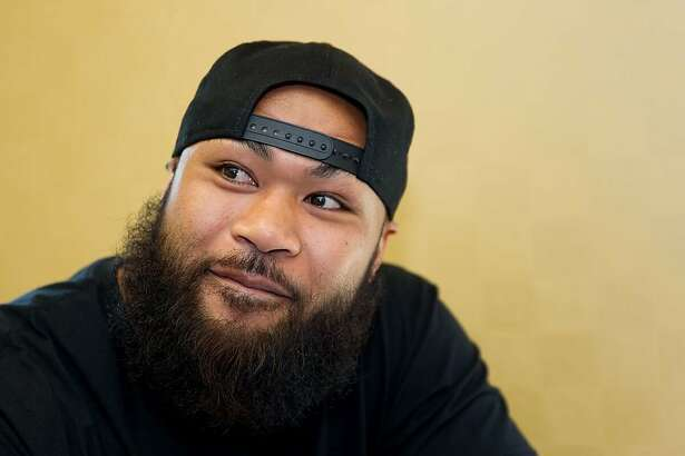 Carl Seumanutafa, who was in a San Mateo homeless shelter in 2015, is an MMA fighter.