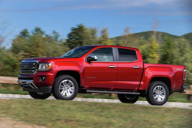 The Duramax 2.8-liter turbocharged diesel, offered for the first time in the 2016 GMC Canyon, results in a family friendly workhorse that gets up to 31 mpg on the highway.