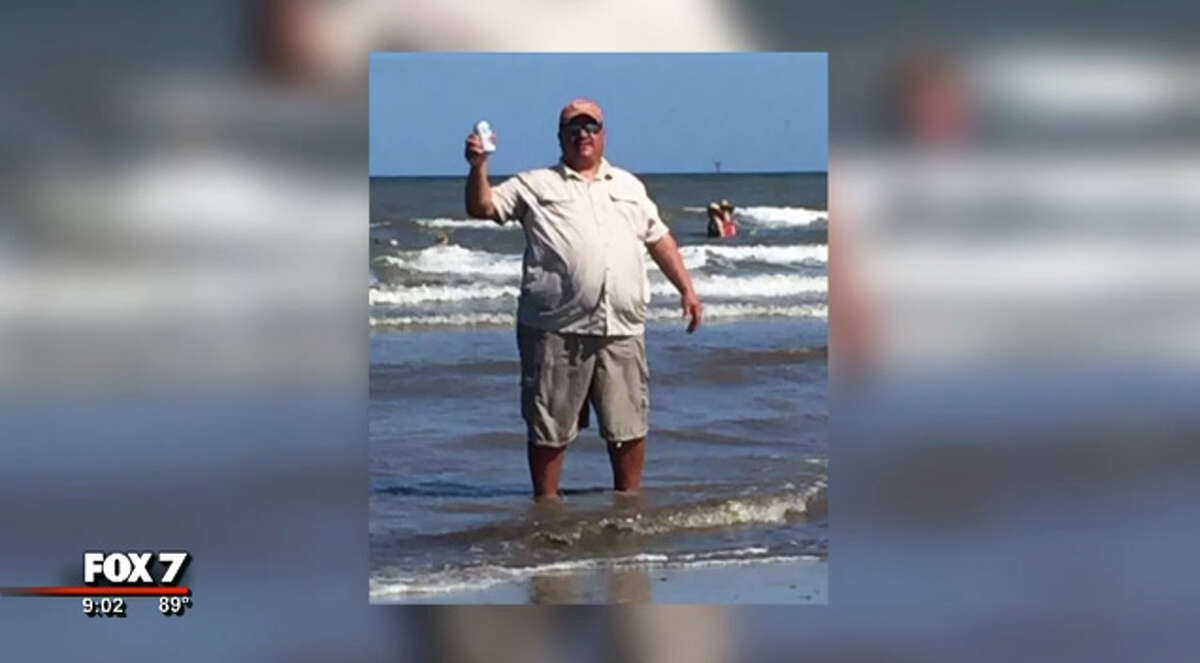A Central Texas man's trip to Port Aransas turned into a fight to save a limb, according to a report. WARNING: THE NEXT PHOTOS CONTAIN CONTENT THAT SOME VIEWERS MAY FIND GRAPHIC.