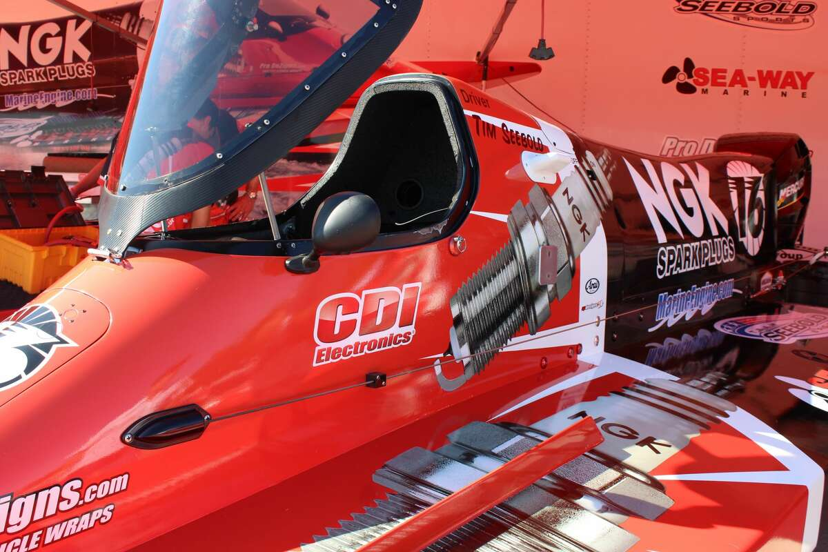 9th Annual Showdown on the Sabine - Tunnel Boat Races Sept. 16-18, 2016 Orange, Texas Convention & Visitors Bureau