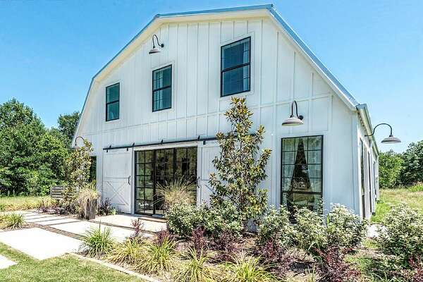 "This  barndominium , which was featured on HGTV's ""Fixer Upper,"" is now available for rent in Waco, Texas."