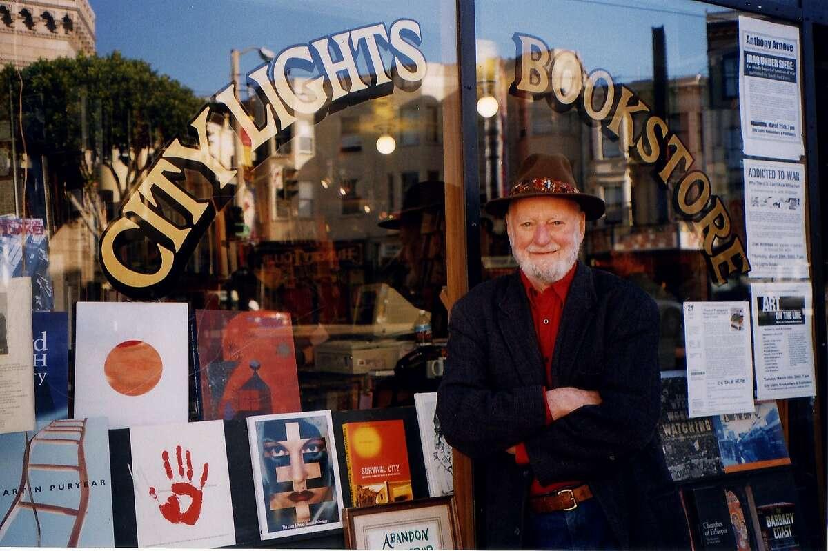 Lawrence Ferlinghetti in front of City Lights, in 2000