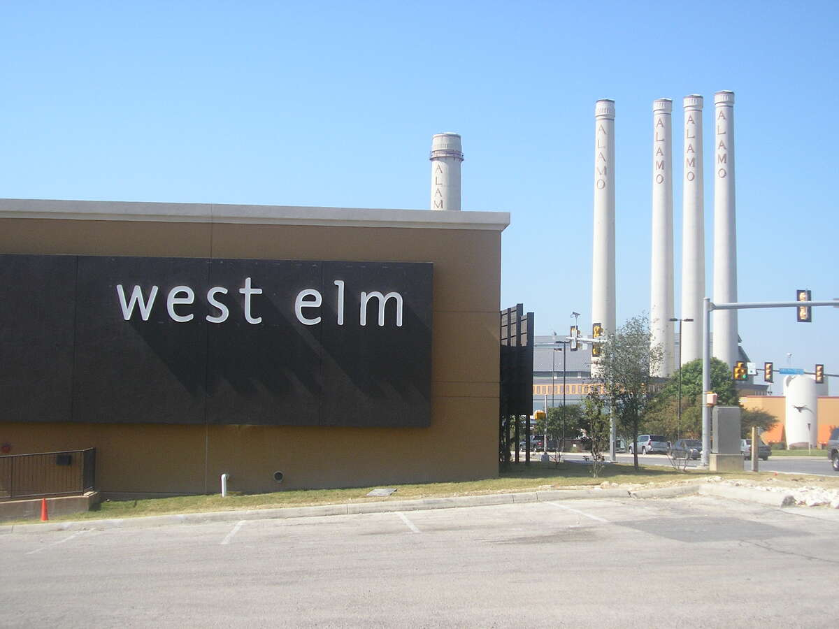 West Elm, which closed its shop at the Quarry Village years ago, will open an 11,000-square-foot store near The Pearl on Thursday.