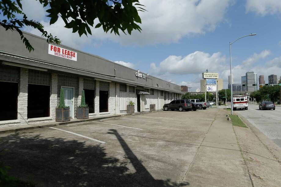 A vacant storefront at 2112 Pease is the former clinic site of Dr. Giam Nguyen shown Friday, June 17, 2016, in Houston.  Now closed, it is one of three clinics implicated in a federal criminal trial this week involving a $3.1 million Medicare fraud. Photo: Melissa Phillip, Houston Chronicle / © 2016 Houston Chronicle