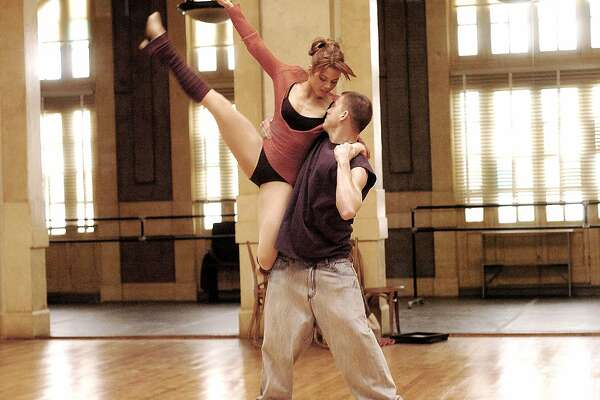 "Jenna Dewan, left, Channing Tatum star in ""Step Up."" (Handout/MCT)"
