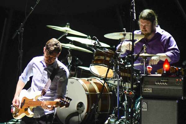 Singer-songwriter Ray LaMontagne brought his unique style of play to The Oakdale Theater in Wallingford on Friday night.