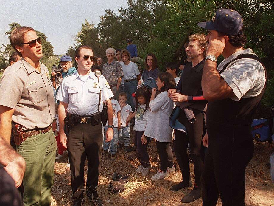 Reporters Dennis Opatrny (second from right) and Phil Bronstein were pre