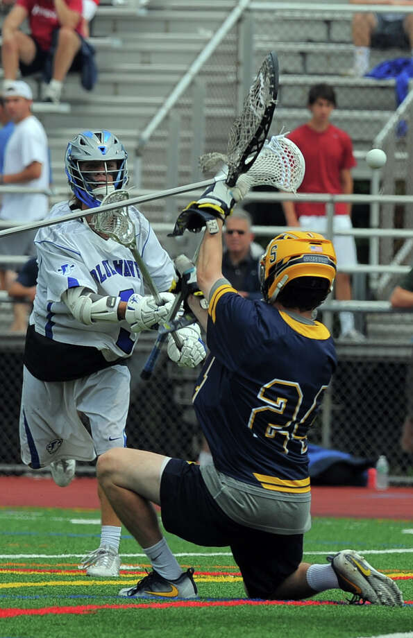 Darien defeated Simsbury 18-3 in a CIAC Class L boys lacrosse championship at Jack Casagrande Field on the campus of Brien McMahon High School in Norwalk on Saturday, June 11, 2016. Photo: Matthew Brown / Hearst Connecticut Media / Stamford Advocate
