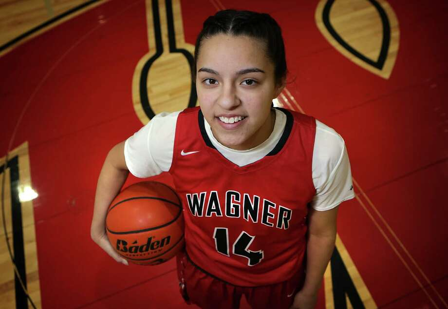 Amber Ramirez, a senior at Wagner High School, was named the 2016 Express-News Girls Athlete of the Year. Photo: Bob Owen /San Antonio Express-News / San Antonio Express-News