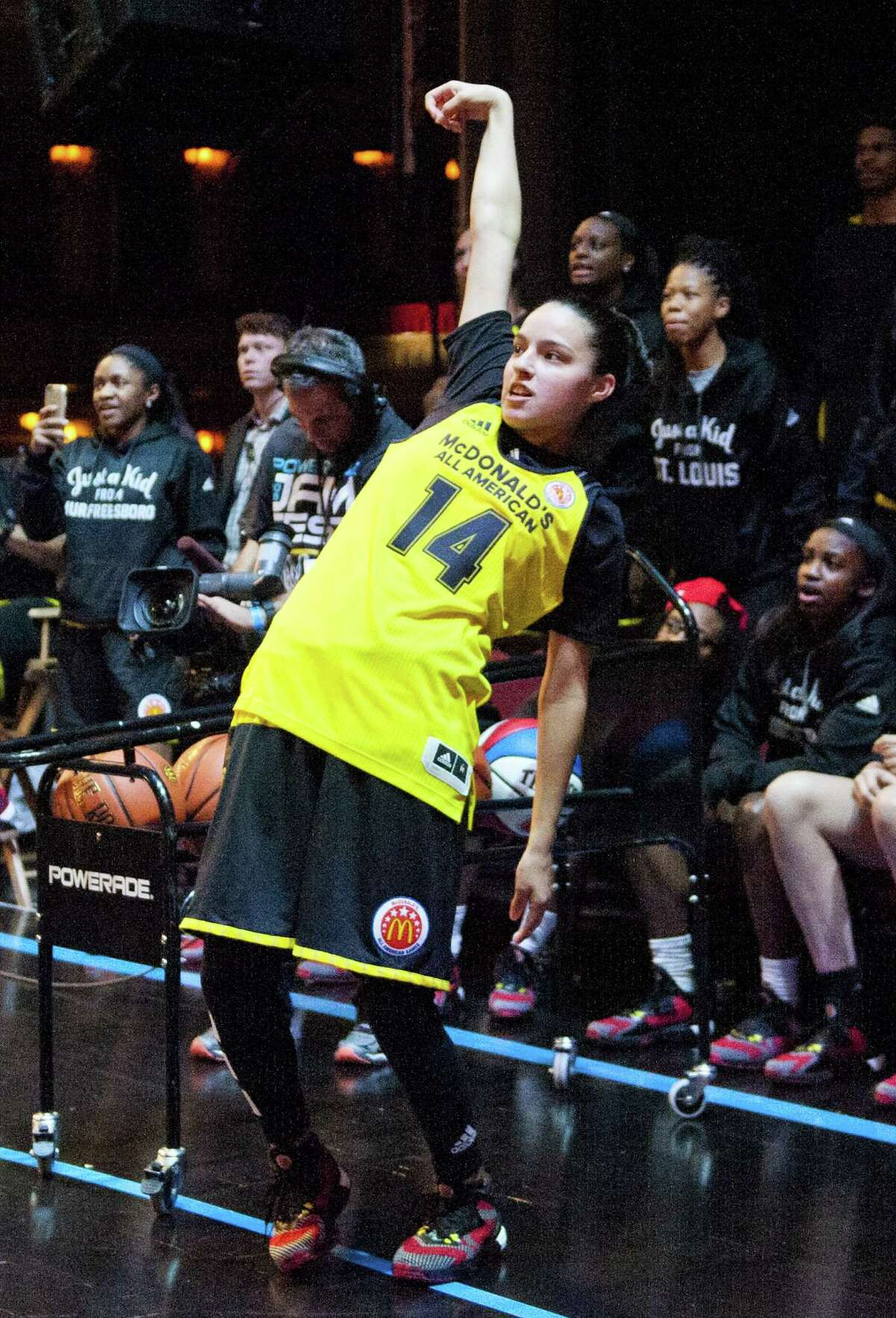 Wagner's Amber Ramirez competes in the girls 3-point contest during the McDonald's All-American Jam Fest on March 28, 2016, in Chicago.