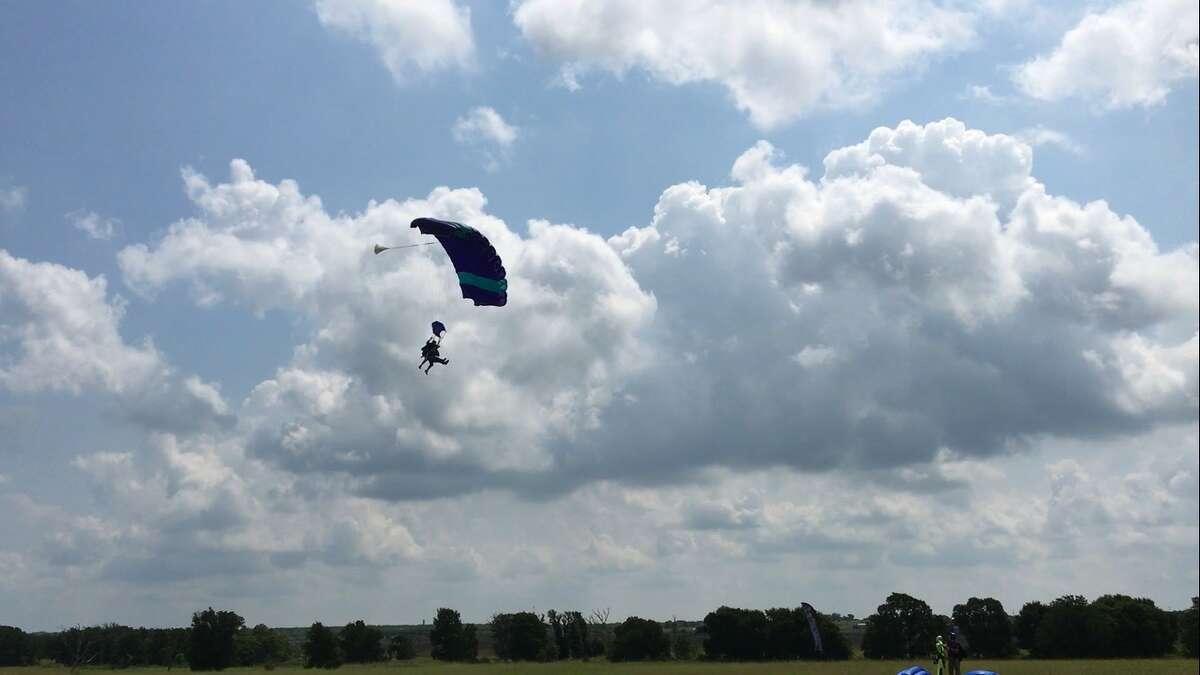 Tom Mullikin Sr. takes to the skies on his80th birthdayto fullfill a lifelong skydiving dream.