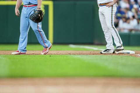 Mariners v  Cardinals Turn Back the Clock Night - seattlepi com