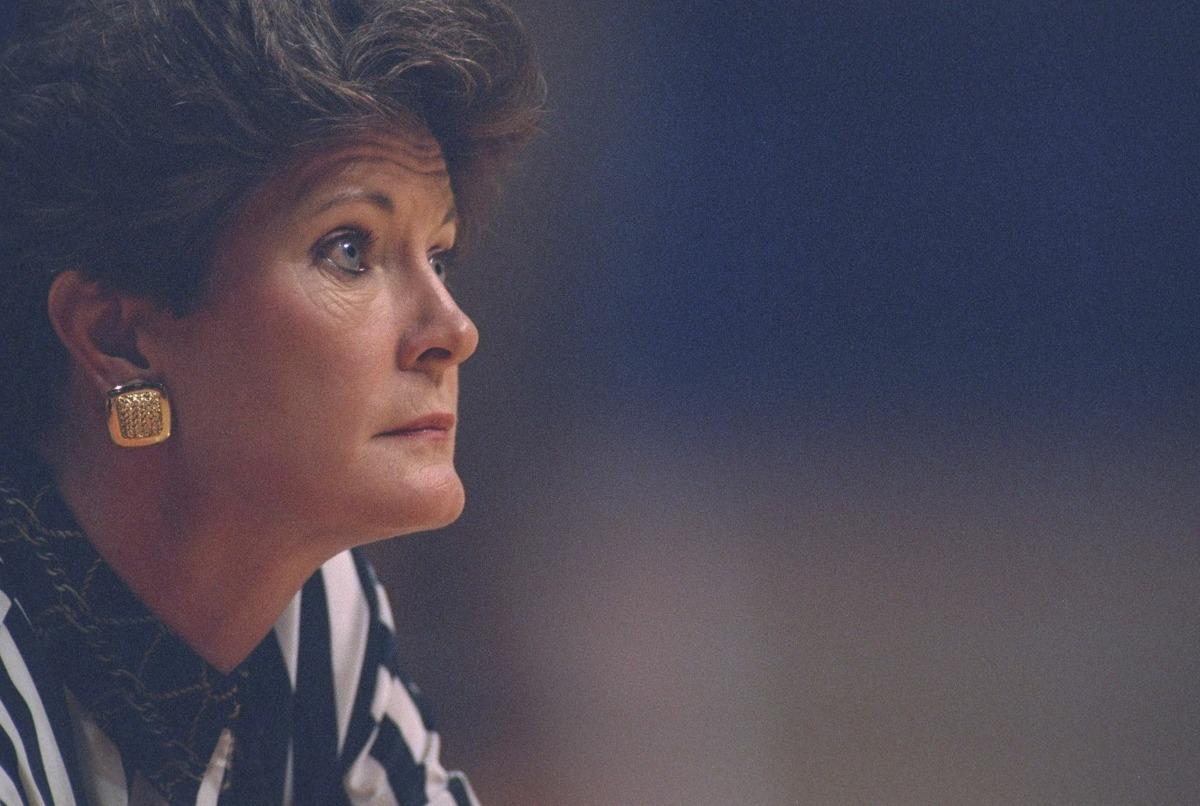 28 Jan 1996: University of Tennessee head coach Pat Summitt looks on during a game against Alabama played in Knoxville, Tennessee. Tennessee won the game, 81-69. Mandatory Credit: Matthew Stockman /Allsport