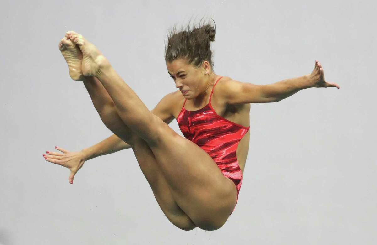 INDIANAPOLIS, IN - JUNE 26: Kassidy Cook competes in the Women's 3m Springboard final during day 9 of the 2016 U.S. Olympic Team Trials for diving at Indiana University Natatorium on June 26, 2016 in Indianapolis, Indiana.