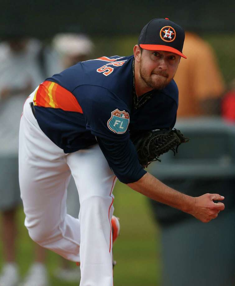 Brady Rodgers, a starter who has pitched only in relief since his September call-up, will start for the Astros in their season finale Sunday afternoon against the Los Angeles Angels. Photo: Karen Warren, Houston Chronicle / © 2015  Houston Chronicle