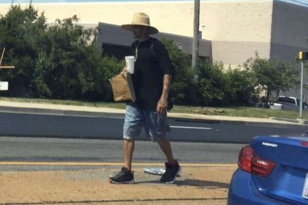 """Former NBA talent, who last played in Texas with the Dallas Mavericks, is raising concerns on social media after a photo was taken showing him spending last weekend """"bumming"""" on a street in Temple Hill, Md."""