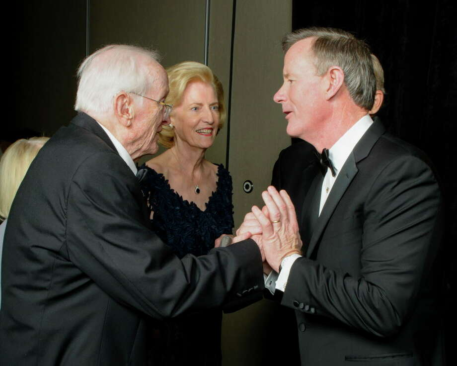 George Sealy, from left, Dorothy Falkenberg and University of Texas Chancellor William H. McRaven Photo: Amber Elliott, Courtesy Of UTMB