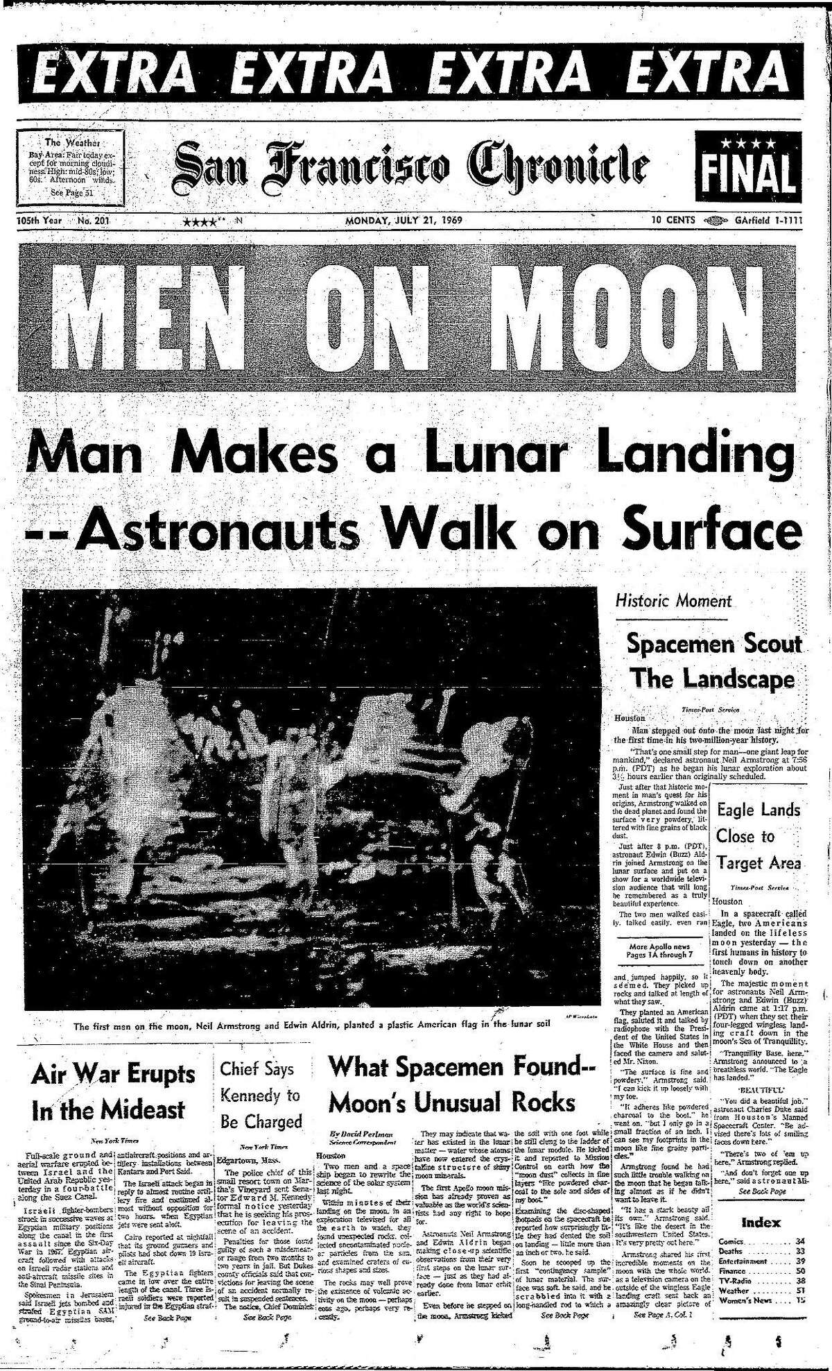 Historic Chronicle Front Page July 21, 1969 American astronauts walk on the Moon Chron365, Chroncover