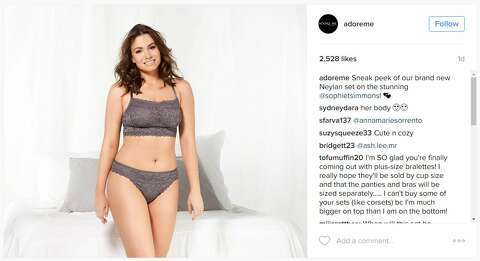 c71d3f4d5e  p Sophie Tweed-Simmons is making waves on Instagram with her photos in