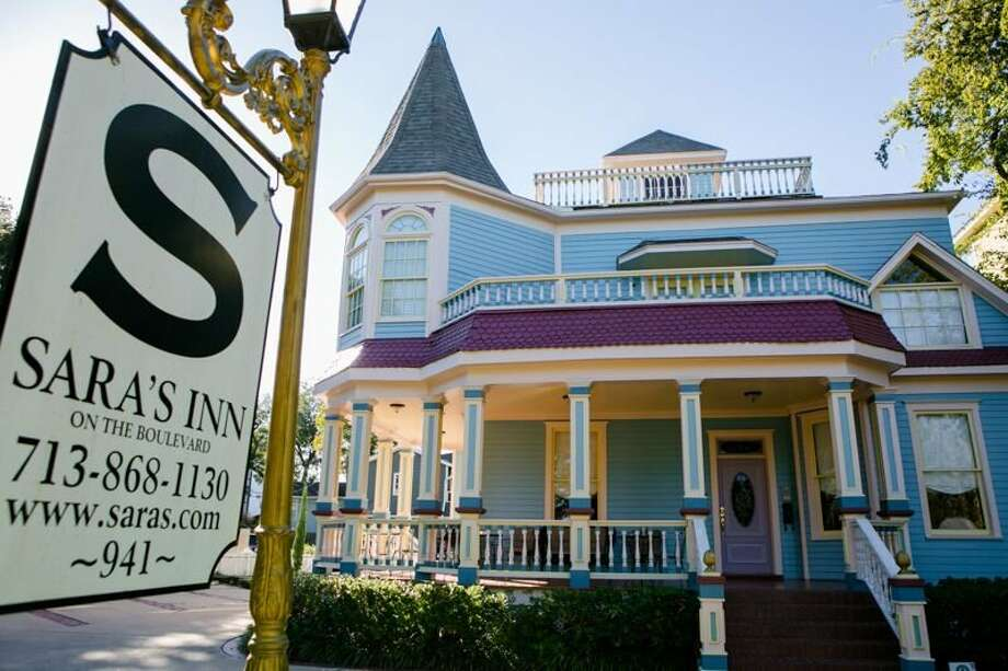 Sara's Bed & Breakfast InnLocation: 941 Heights Blvd. (Houston)Phone: 713-868-1130 This quaint, urban retreat has been around for decades.