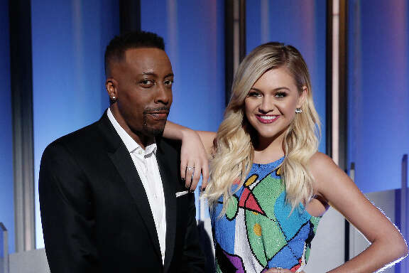 """""""Greatest Hits"""" celebrates the biggest hits from a five-year period, hosted by Arsenio Hall and Kelsea Ballerini. The show will premiere tonight on ABC, tackling songs from 1980 to 1985."""
