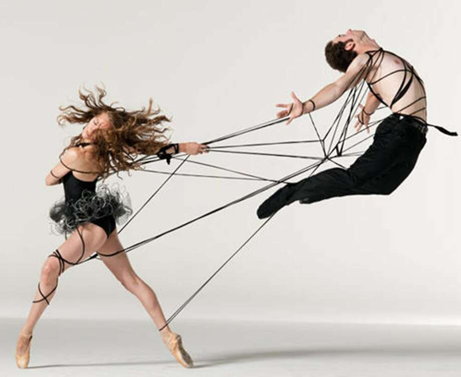 Amy Seiwert Imagery dancers in performance. Photo: David DeSilva, Courtesy Amy Seiwert Imagery