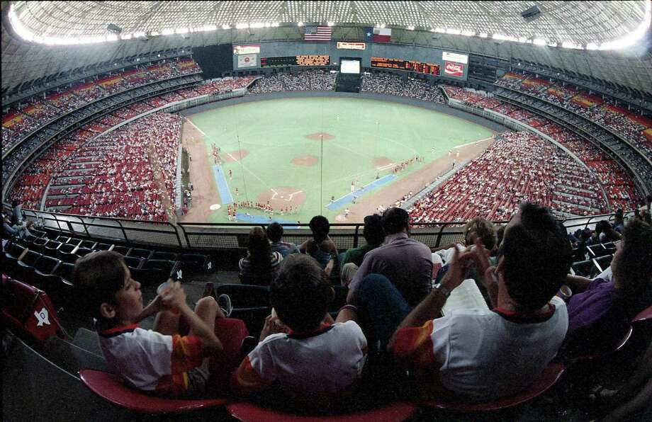 Astros vs. Dodgers at the Astrodome, June 28, 1986. Photo: Steve Ueckert, Houston Chronicle
