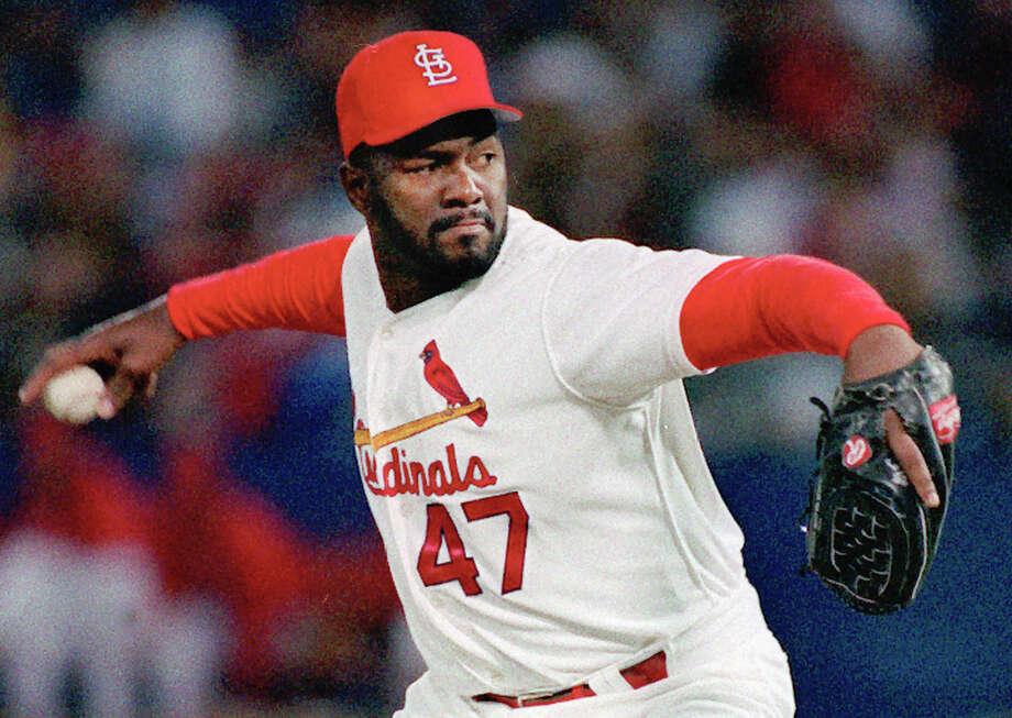 FILE PHOTO: St. Louis Cardinals reliever Lee Smith pitches in St. Louis in this 1993 file photo. Photo: / Associated Press / AP