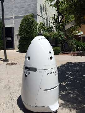 A Knightscope robot at Stanford Shopping Mall